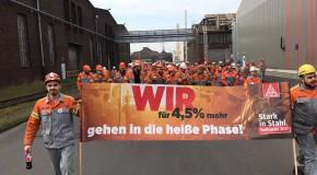 13000 Stahlarbeiter auf der Straße