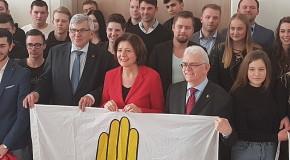 """Preisverleihung des Wettbewerbs """"Die Gelbe Hand"""" in Mainz – Engagement der Jugend gegen Rassismus prämiert"""